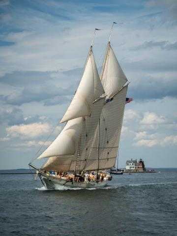 Schooner Heritage sails home to first in great schooner race