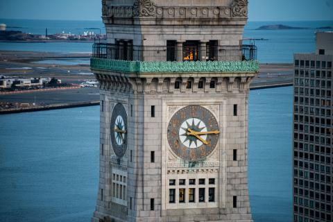 """Iconic clock tower in Boston gets a """"hand"""" from Maine"""