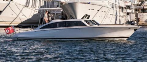 Hodgdon tender wins Showboats design honors