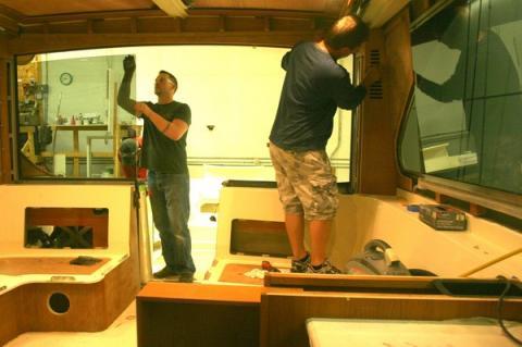 Hinckley acquires Morris Yachts